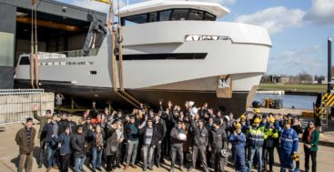 Roe Shadow is the latest megayacht in the Lynx YXT Evolution 24 series