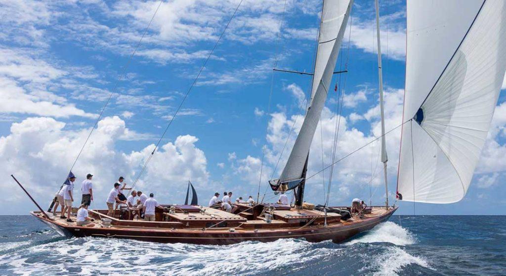 Tempus Fugit sailing superyacht