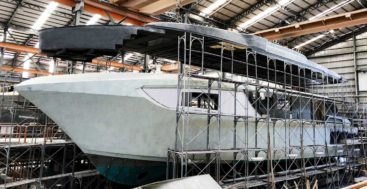 a fully custom Horizon CC98 megayacht is in build