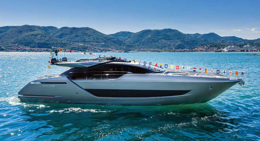 the Riva 88 Folgore megayacht launched in la Spezia in May 2020