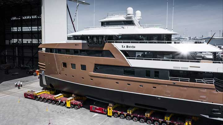 La Datcha is the first Damen SeaXplorer superyacht, launched in July 2020