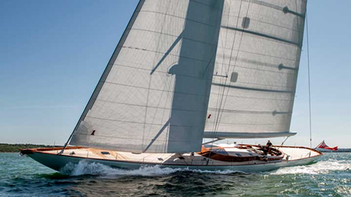 the sailing superyacht Geist is the name of the Spirit 111