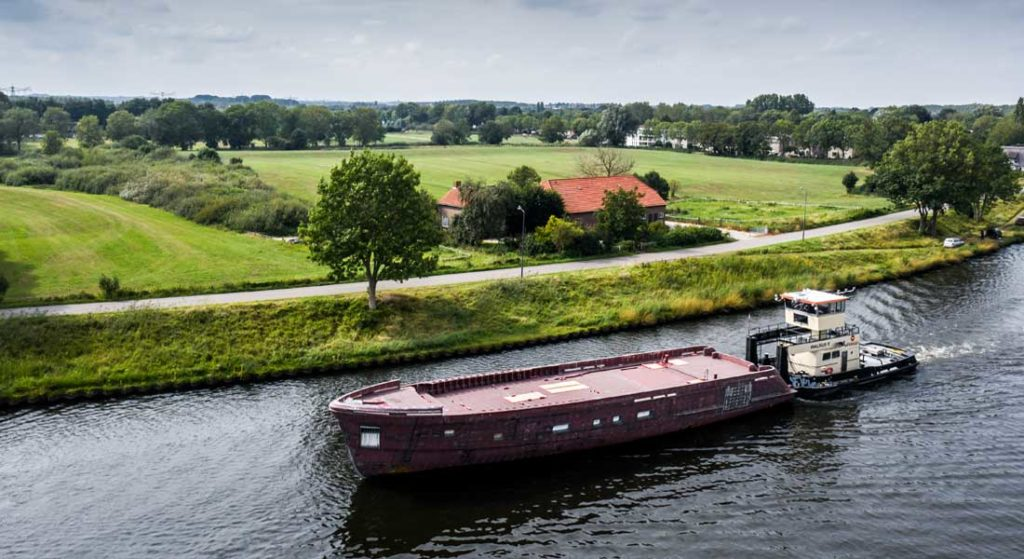 the Moonen Martinique hull number three has sold