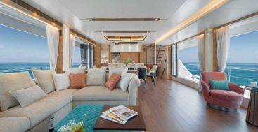 the owners of the Horizon FD92 megayacht Crowned Eagle wanted Art Deco touches