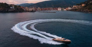 The 46-year-old Castagnola Yacht shipyard created the Heritage 9.9, megayacht tender