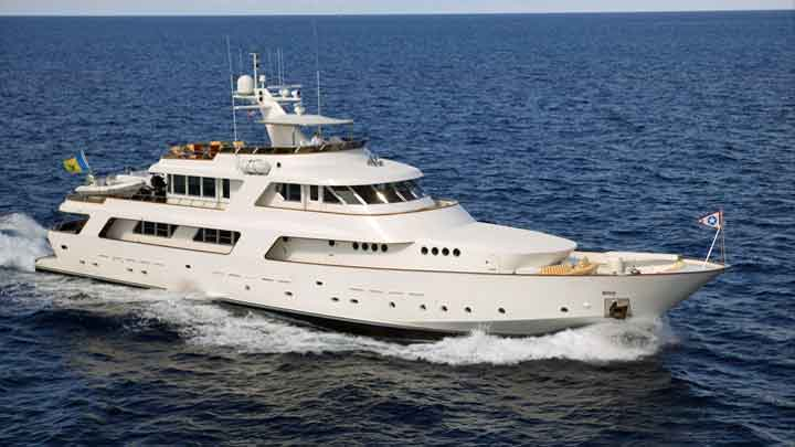 the CRN megayacht Nordic Star is up for auction
