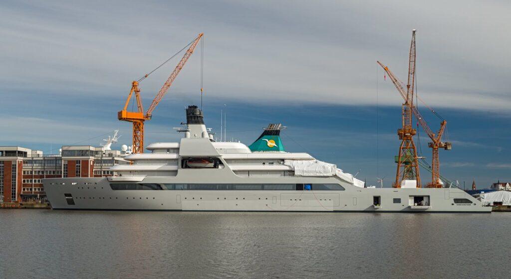 Solaris on sea trials has the superyacht world buzzing