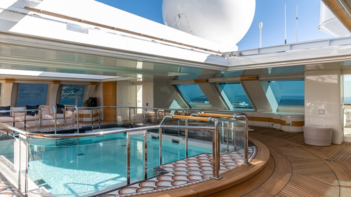 a look inside Lady Moura reveals a lush megayacht atmosphere