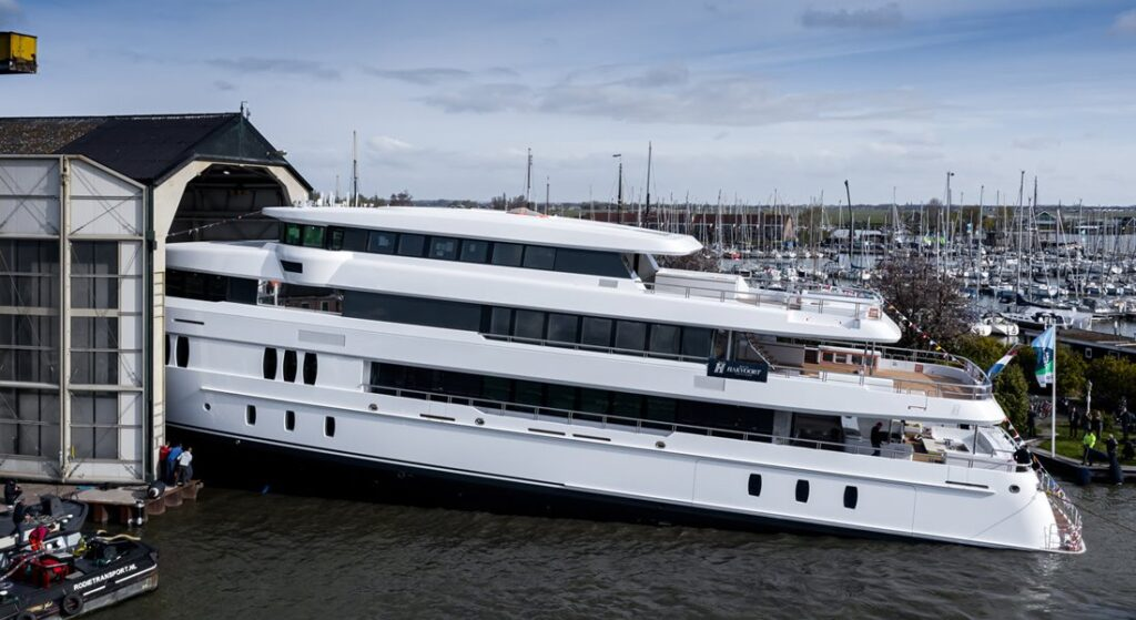 Royal Hakvoort Shipyard launched the megayacht YN251 in April 2021