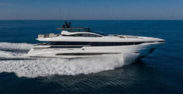 Project Pantelleria, Another Mangusta GranSport 33 megayacht for an American