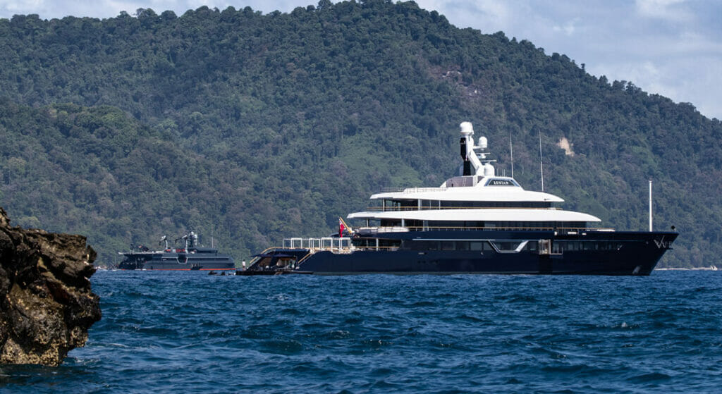 superyachts and support yachts are a growing trend