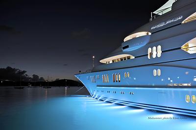 Madsummer in Spectacular Superyachts calendar
